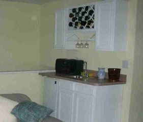 Dewey Beach house photo - Living room wet bar, refrigerator, sink -- perfect for entertaining