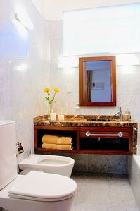 Recoleta apartment rental - Gorgeous bathroom that has been fully renovated. Electronic scale, hairdryer