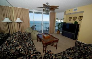 Crescent Beach condo photo - Oceanfront Livingroom