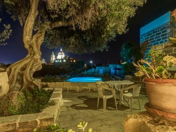 Lulu_Farmhouse with sharing pool in Gozo