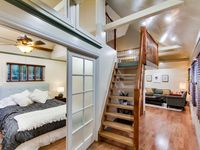Beautiful Cottage W/ Loft Nestled Between Little Italy/downtown