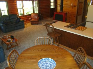 Eagle Mountain Lake house photo - Dining table seats 6