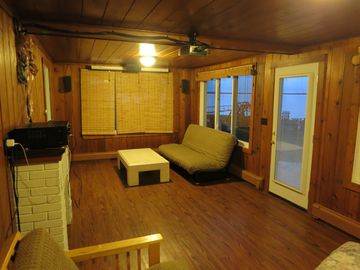 Beulah CABIN Rental Picture