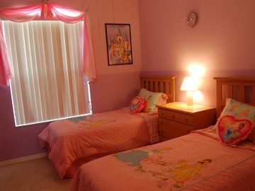 Princess Room - 2 Twin Beds
