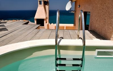 pool, barbecue, Mediterranean sea.....