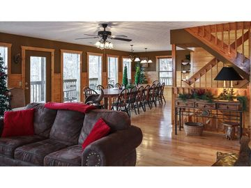 Gatlinburg LODGE Rental Picture