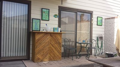 OC BEST Location 120th St. 2 B 2 B Sleeps up to 8 Private Courtyard and Tiki Bar
