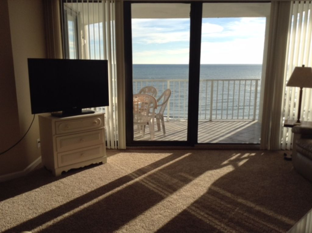 Property Image#4 Beautiful Oceanfront Condo In One Ocean Place Garden City,  SC Recently
