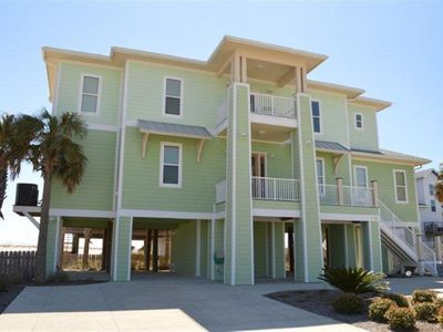 NEW UPSCALE 4BR PENSACOLA BEACH HOUSE-100 yards to gulf-sleeps 17-prime location