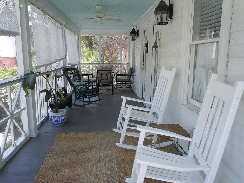 3 bedroom 2 bath vintage cottage 1 1 2 blocks vrbo