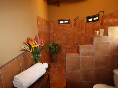 Upstairs bathroom - Villa Pochote