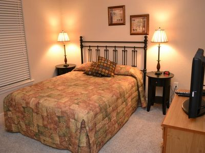 Queen Bedroom with high quality comfy matttress and new TV...
