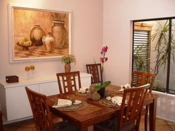 Dining room with atrium