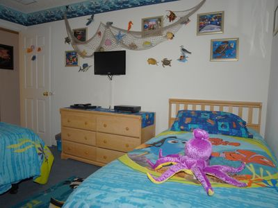 Nemo Twin Bedroom with HDTV, Cable, DVD, Playstation