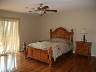 Luray cabin photo - master bed