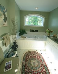 North Conway house photo - The Summit Bath with Jacuzzi and Separate Shower