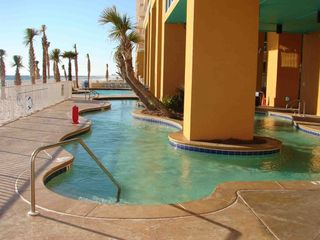 "The ""Lazy River"" at Splash Resort"