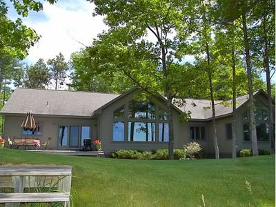 Elk Rapids house rental - Perfectly manicured lawn leading to beach