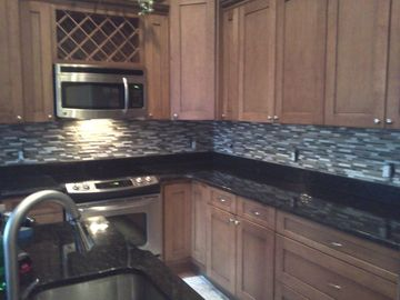 Awesome stainless kitchen with all the all the amenities!
