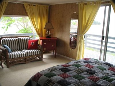 Upper level bedroom with sitting area - view of Fisherman Bay Channel