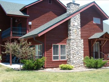 Pagosa Springs townhome rental - View of front of Townshouse
