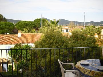 balcony overlooking Port Grimaud & Maures mountain