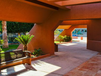 Palm Springs condo rental - Resort Entrance at the Marquis Villas Resort