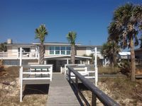 Beachfront Home, Gorgeous Views.  4 Bd/4 Bath 2 Kitchens. Sleeps 8