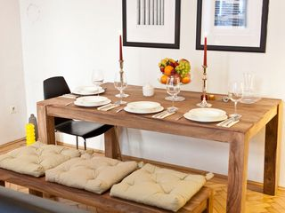 Innere Stadt apartment photo - Designer Dinning Table