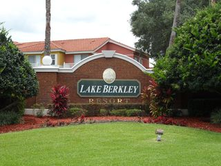 Lake Berkley villa photo - .
