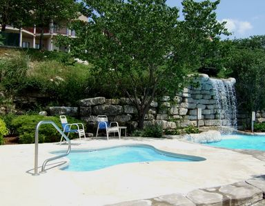 Westgate Branson Lakes at Emerald Pointe - Outdoor Pool and Hot Tub