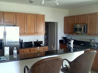 Englewood condo photo - KITCHEN