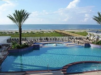 Club Spa Pool overlooking Gulf, Point West Beach, Dune Walkover natural Habitat