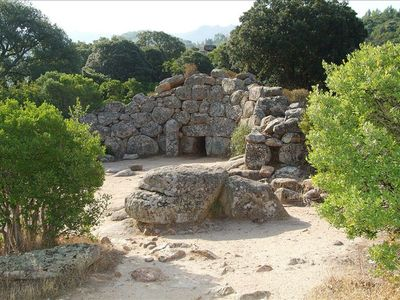 "MEGALITHIC GIANT'S TOMB "" IS CONCIAS"" (XVI C.B.C) IS JUST 2 Km FROM YOUR COTTAGE"