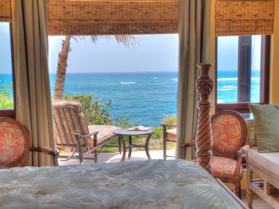 Guest bedrooms open a patio overlooking the lulling waves of Caribbean sea. zzz