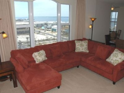 Living Room Showing View of Island