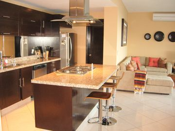 Kitchen with breakfast bar/island