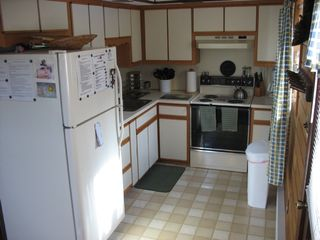 Full service kitchen - Locust Lake chalet vacation rental photo