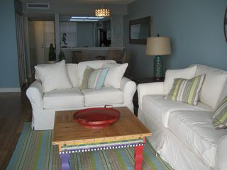 South Seas Club condo photo - Living Room w/ pull out Queen Bed