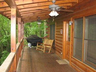 Cherry Log cabin photo - Cabin deck for relaxation and grill
