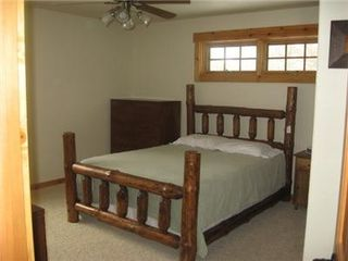 Castle Rock Lake house photo - Bedrooms w/log furniture