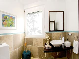 Dawn Beach house photo - Downstairs powder room.