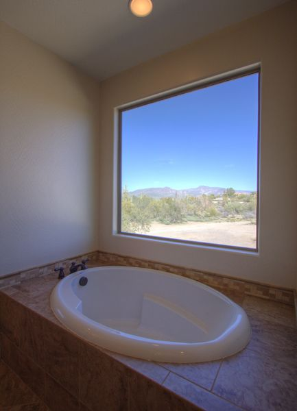2nd Master soaking tub with great sunset views!