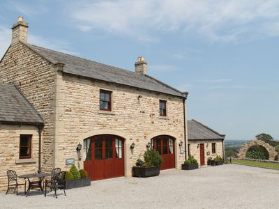 5 Star (Gold) Romantic, Self Catering Country Retreat - Kearton Lodge - (Sleeps 2)