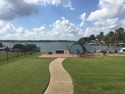 Beautiful waterfront property on Lake Conroe