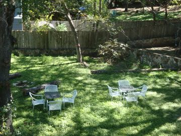 Big, quiet backyard for casual time