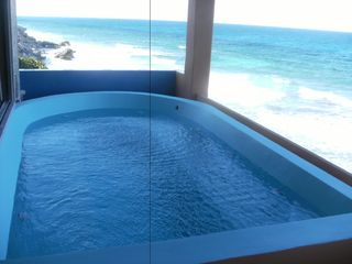 8 per son jacuzzi upper level - Isla Mujeres house vacation rental photo