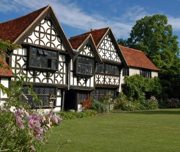 Great Tangley Manor 11th C Manor with indoor heated pool, London less than 1 hr  - Unit 62743