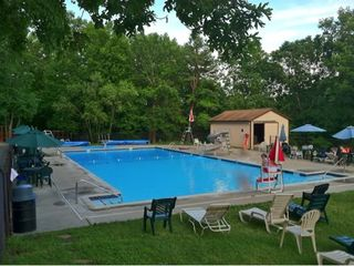 Bushkill chalet photo - Free Access to community pools (Summer)