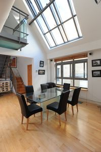 Mayfair property rental - Double height lounge